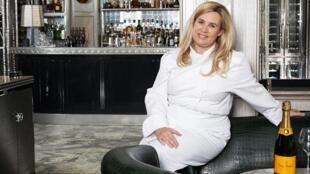 法國著名米其林星級女廚師海倫 ·達霍斯(Helene Darroze)