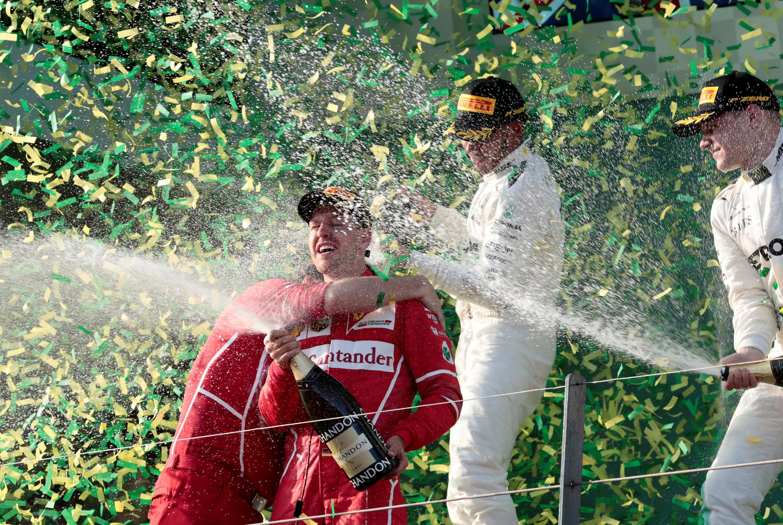 O alemão Sebastian Vettel, da Ferrari, comemora vitória do Grande Prêmio de Fórmula 1 da Austrália