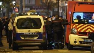 L'attaque a eu lieu dans le VIIe arrondissement de Lyon. Le prêtre âgé de 52 ans a été transporté à l'hôpital dans un état grave.