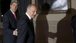O chanceler francês Laurent Fabius e o secretário de Estado americano John Kerry