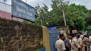 La police a interpellé le 4 juillet 2018 une religieuse et une employée dans le foyer pour enfants tenu par les Missionnaires de la charité, à Ranchi, capitale de l'Etat pauvre du Jharkhand.