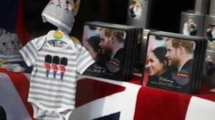 A esposa do príncipe Harry, a duquesa Meghan Markle, deu à luz um menino nesta segunda-feira (6).