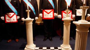 Члены французской масонской ложи Великого востока