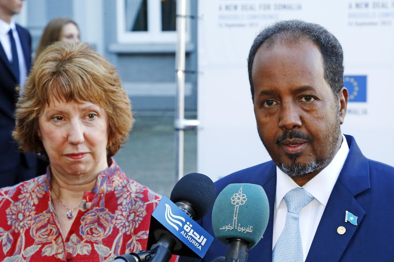 Catherine Ashton na Hassan Cheikh Mohamoud, rais wa Somalia Septemba 16, 2013.