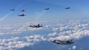 رزمایش مشترک آمریکا و کره جنوبی با هدف تسهیل در گفتگوهای خلع سلاح اتمی کره شمالی لغو شد