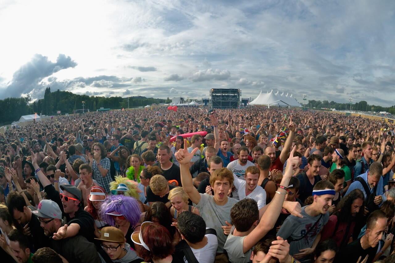 Trong vòng ba ngày, lễ hội âm nhạc Solidays 2015 hy vọng tiếp hơn 170 000 khán giả.