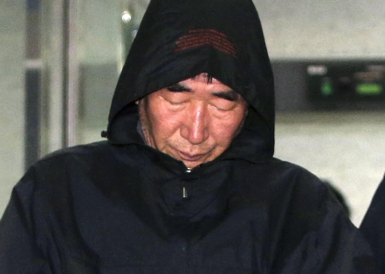 Lee Joon-Seok, le capitaine du Sewol, après son arrestation, le 19 avril 2014 à Mopko.