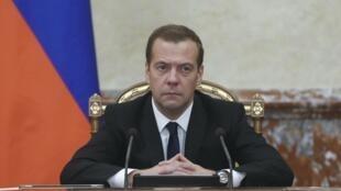 Le Monde: имидж Дмитрия Медведева за последний год серьезно деградировал
