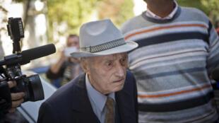 Cựu Giám đốc nhà tù Cộng sản Rumani, Alexandru Visinescu, bị kết án 20 năm tù vì chống nhân loại.