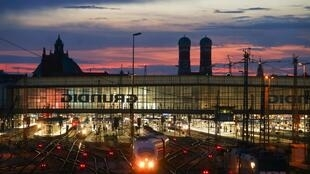 慕尼黑火车站夜景