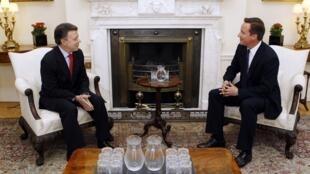 Juan Manuel Santos y David Cameron se han visto en Downing Street