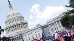 Manifestation aux abords du Capitole contre la nouvelle loi santé, le 21 juin 2017.