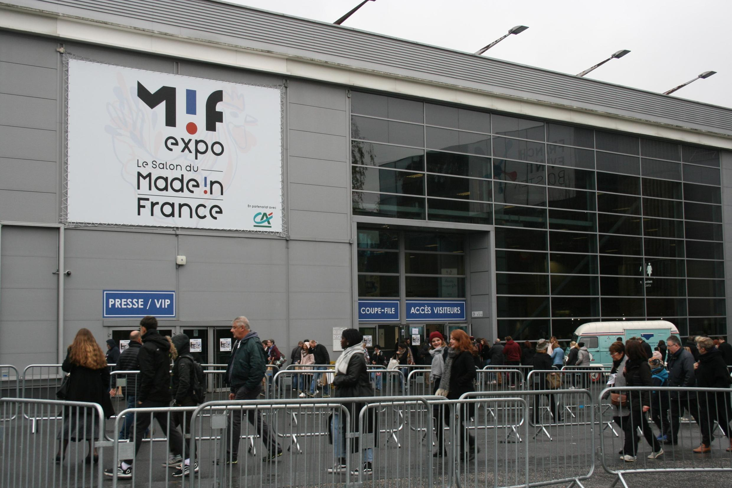Consumers and curious onlookers flock to the 'Made in France' fair in Paris, 10 Sunday 2019