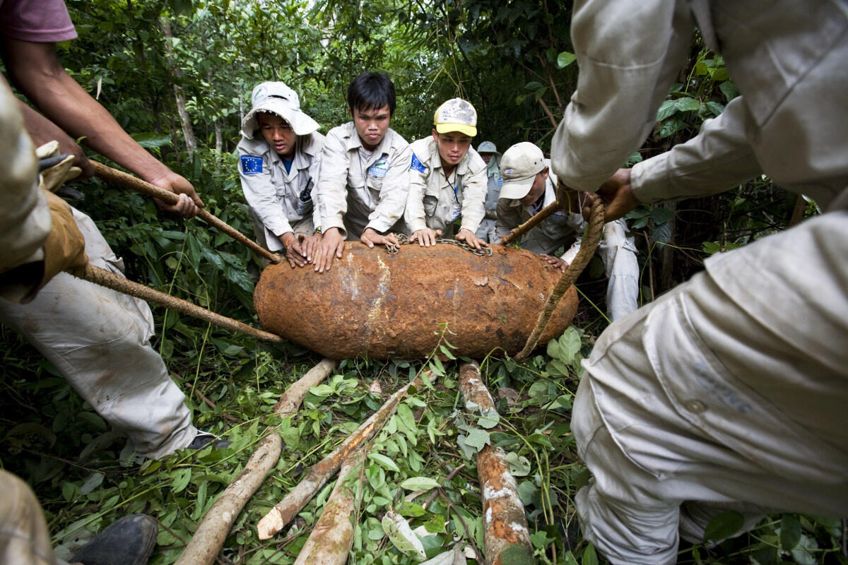 Một quả bom được phát hiện tại Savannakhet, Lào.