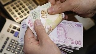 O peso argentino é uma das moedas dos países emergentes que mais sofreram com a desvalorização.
