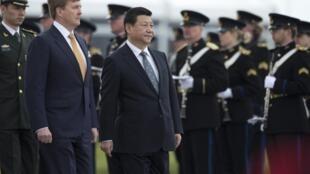 Председатель КНР Си Цзиньпин начал 22 марта в Нидерландах недельную поездку по странам ЕС