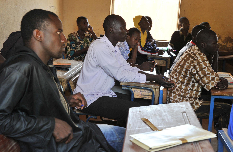 Boubacar Sangaré: «Je parle des problèmes auxquels les étudiants sont confrontés: les bourses qui n'arrivent pas à temps, les grèves interminables (...), les années académiques tronquées, le népotisme, la corruption, le favoritisme.»