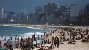 Plage d'Ipanema, à Rio de Janeiro, le 8 août 2020.