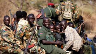 Des rebelles au Soudan du Sud en janvier 2014.