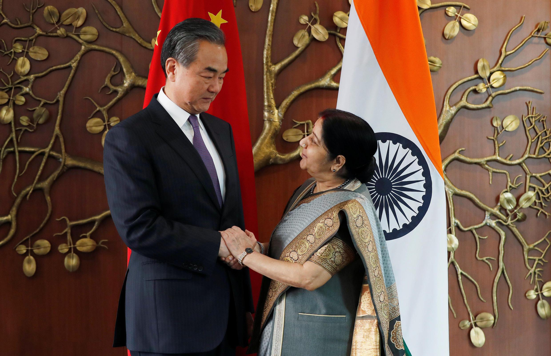 中國外長王毅2018年12月21日在新德里與印度外長斯瓦拉吉會談。