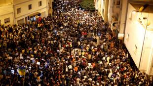 Les protestataires dans les rues de la ville d'Al Hoceïma, au Maroc, le 30 mai 2017.