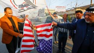 Tensões entre Iraque e Estados Unidos aumentaram nos últimos meses, como mostram esses protestos de dezembro de 2019.