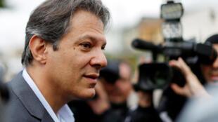 A transferência de votos do ex-presidente Lula para Fernando Haddad aparenta dar resultado.