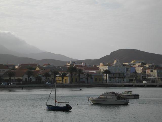 Baía de Mindelo, Porto Grande de São Vicente, que regista aumento de mercadorias em 2018