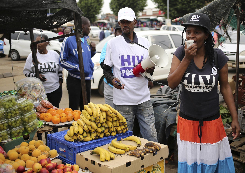 Campagne de lutte contre le sida à Daveyton, au sud de Johannesburg, le 27 novembre 2014.