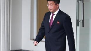 """""""کیم هیوک چول"""" همتای """"استفان بیگان"""" نمایندۀ ویژۀ آمریکا در امور کرۀ شمالی برای مذاکرات مقدماتی اجلاس سران دو کشور در """"هانوی"""" به شمار می رفت."""