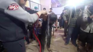 Tại bệnh viện ở Ghouta, Syria sau vụ tấn công được cho là bằng vũ khí hóa học. Ảnh chụp ngày 08/04/2018.