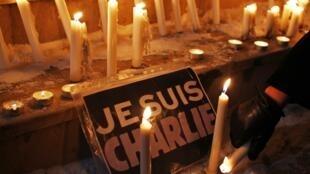 La marche parisienne partira de la place de la République où se sont retrouvés spontanément mercredi soir les Parisiens choqués par l'attentat contre l'hebdomadaire satirique Charlie Hedbo.