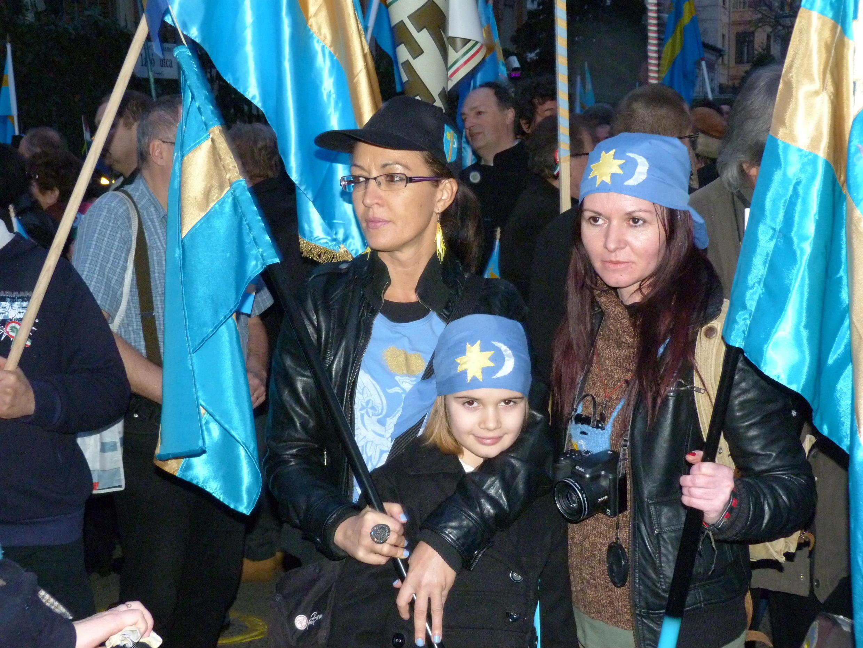 Biểu tình nhân ngày Székely tự do, 10/03/2013, trước sứ quán Rumani tại Budapest, Hungary