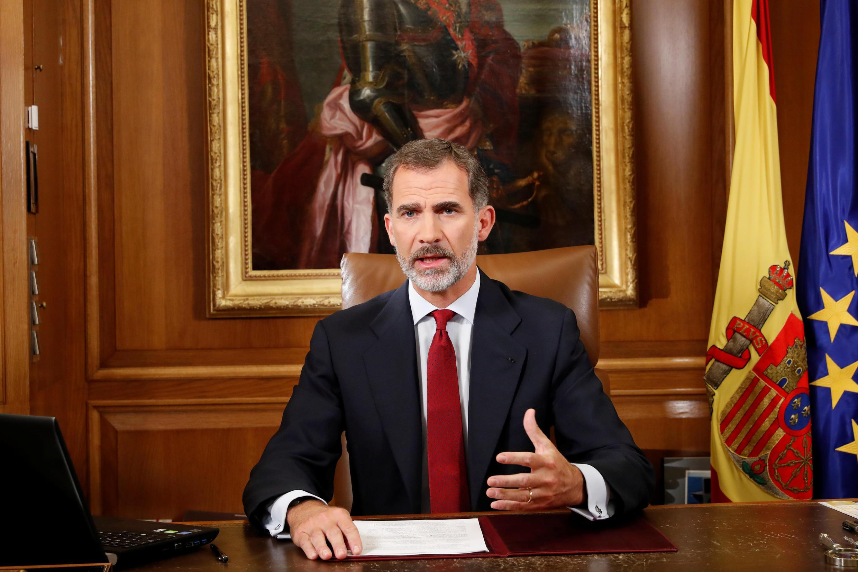 Mfalme wa Uhispania Felipe VI akitoa hoyuba yake kutoka Palace Royal ya Zarzuela mjini Madrid Oktoba 3, 2017.
