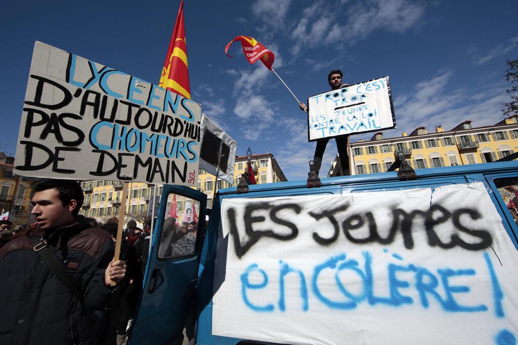 Les jeunes ont manifesté contre la loi du travail, le 9 mars 2016 à Nice.