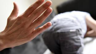 Les châtiments corporels tels que la fessée sont désormais interdits en France.