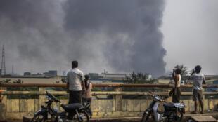 Birmanie - usine - incendie