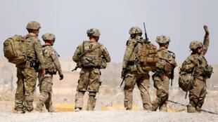 В войне участвуют не только армии стран коалиции и ИГ, но и их секретные службы.