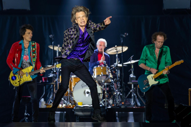 Vòng lưu diễn tại Bắc Mỹ của ban nhạc The Rolling Stones được dự trù khởi động ngày 08/05/2020 bị hủy vì virus corona.