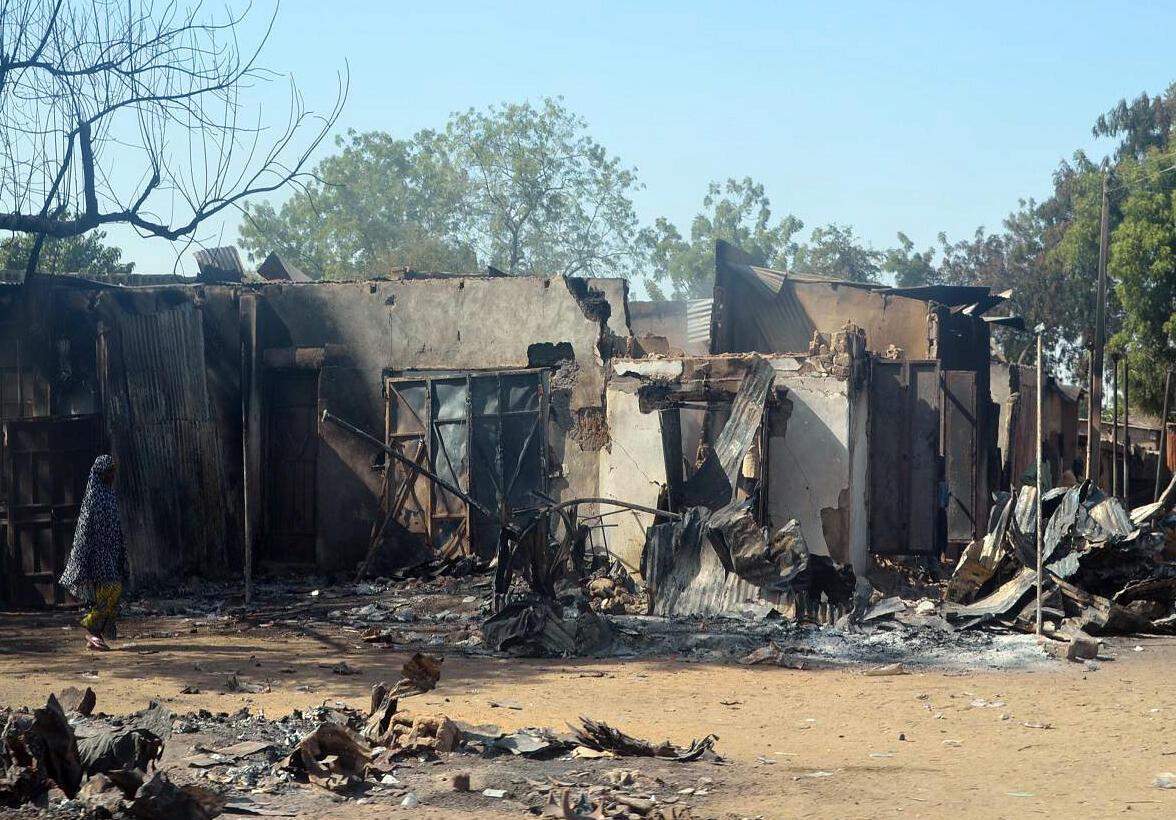 Des décombres d'habitations dans la ville de Bama, au nord-est du Nigeria, après une attaque de Boko Haram en février 2014.