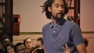 Nástio Mosquito, artista multimédia angolano apresenta sua performance artística em Lisboa