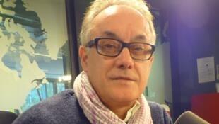 Luis F. Jiménez en los estudios de RFI