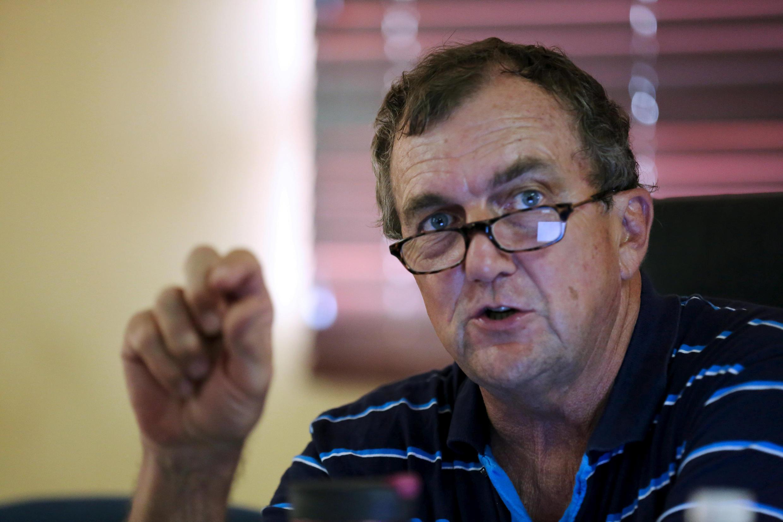 C'est Mark Bristow (photo), le PDG de Randgold qui prend la tête du géant canadien Barrick.