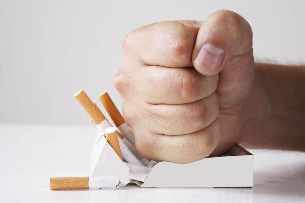 وزارت بهداشت فرانسه، در ماه نوامبر، تمامی افراد سیگاری را به چالش ترک سیگار فراخواند. برای شنیدن توضیحات دکتر سیروس آگاهی، روانشناس و متخصص ترک سیگار و اعتیاد، بر روی تصویر کلیک کنبد