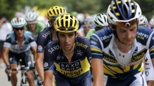 Alberto Contador (c) dans l'étape entre Gap et L'Alpes d'Huez, le 18 juillet 2013.