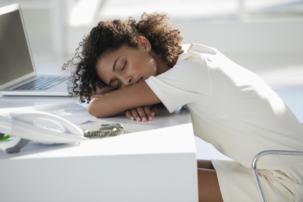 En Francia más de 3 millones de personas activas (12,6%) corren riesgo de sufrir un 'burn out', síndrome de fatiga extrema, según un estudio de la empresa de consultoría Technologia.