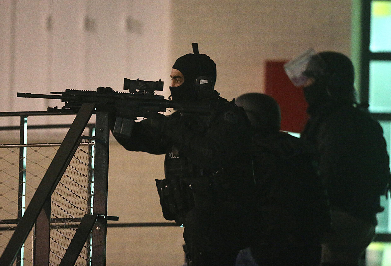 Спецподразделение французской полиции RAID не обнаружило преступников
