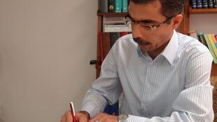 مجتبی واحدی روزنامهنگار مقیم آمریکا