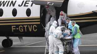France - Covid-19 - Transfert de patient - 000_96C6XG