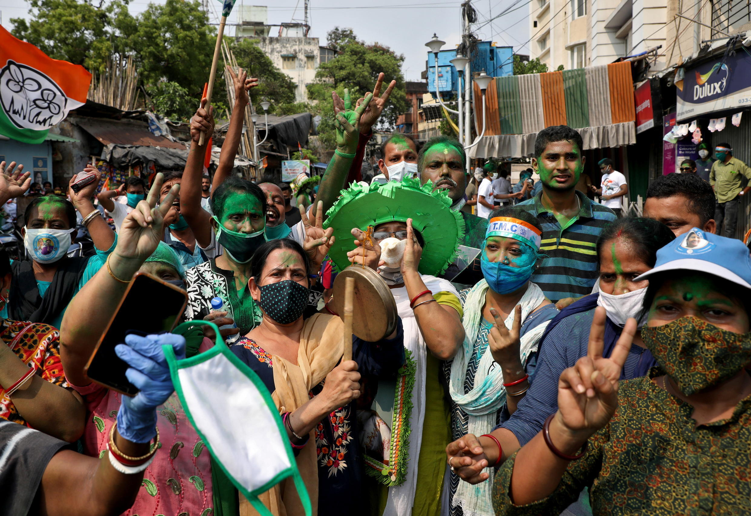 Inde - Elections - Calcutta - 2021-05-02T085650Z_261281082_RC2K7N9LHJUR_RTRMADP_3_INDIA-ELECTION-RESULT